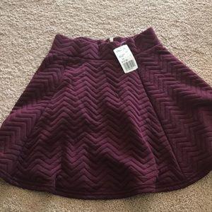Forever twentyone burgundy purple short skirt xs